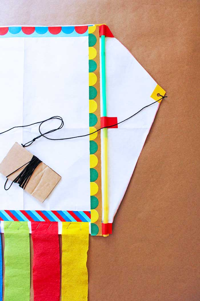 How to Make a Kite Out of Recycled Mailers