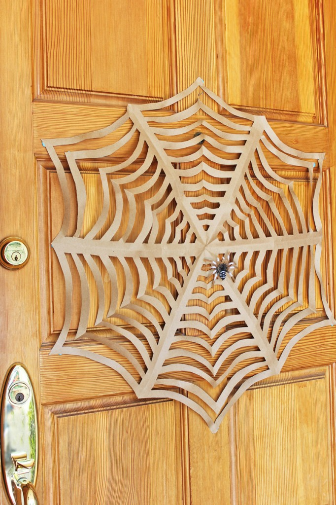 Giant-Kirigami-Spider-Webs--BABBLE-DABBLE-DO-Hero