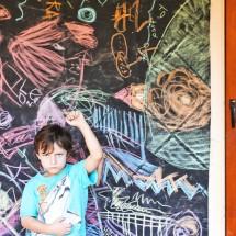 Easy art activities for kids: Make WASHABLE GRAFFITI murals using chalk