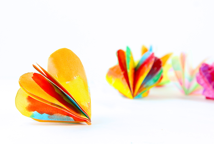A Colorful 3d Paper Heart Craft For Valentine S Day Babble Dabble Do