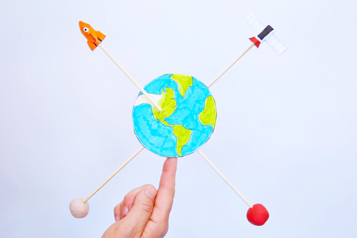 Earth Balancers: This Earth Day activity demonstrates STEAM concepts and opens the door to conversations with kids about the environmental choices we make.