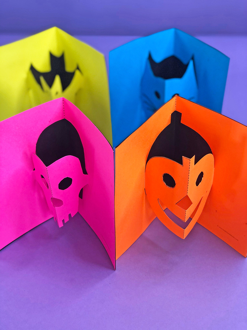 Make your own simple pop-up cards! Print our templates and make these cute Halloween pop-up cards for friends and family.